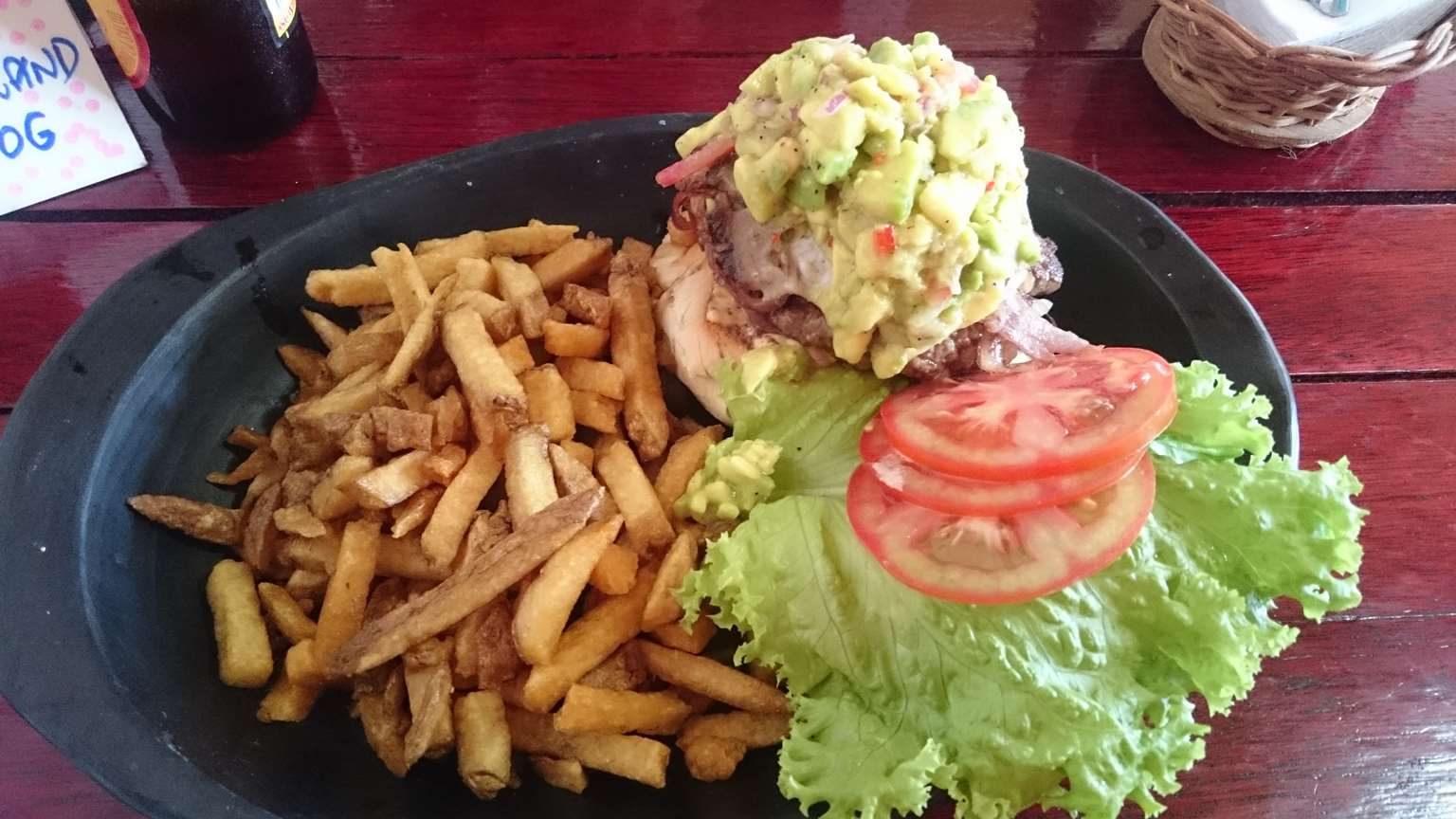 burger-with-guacamole