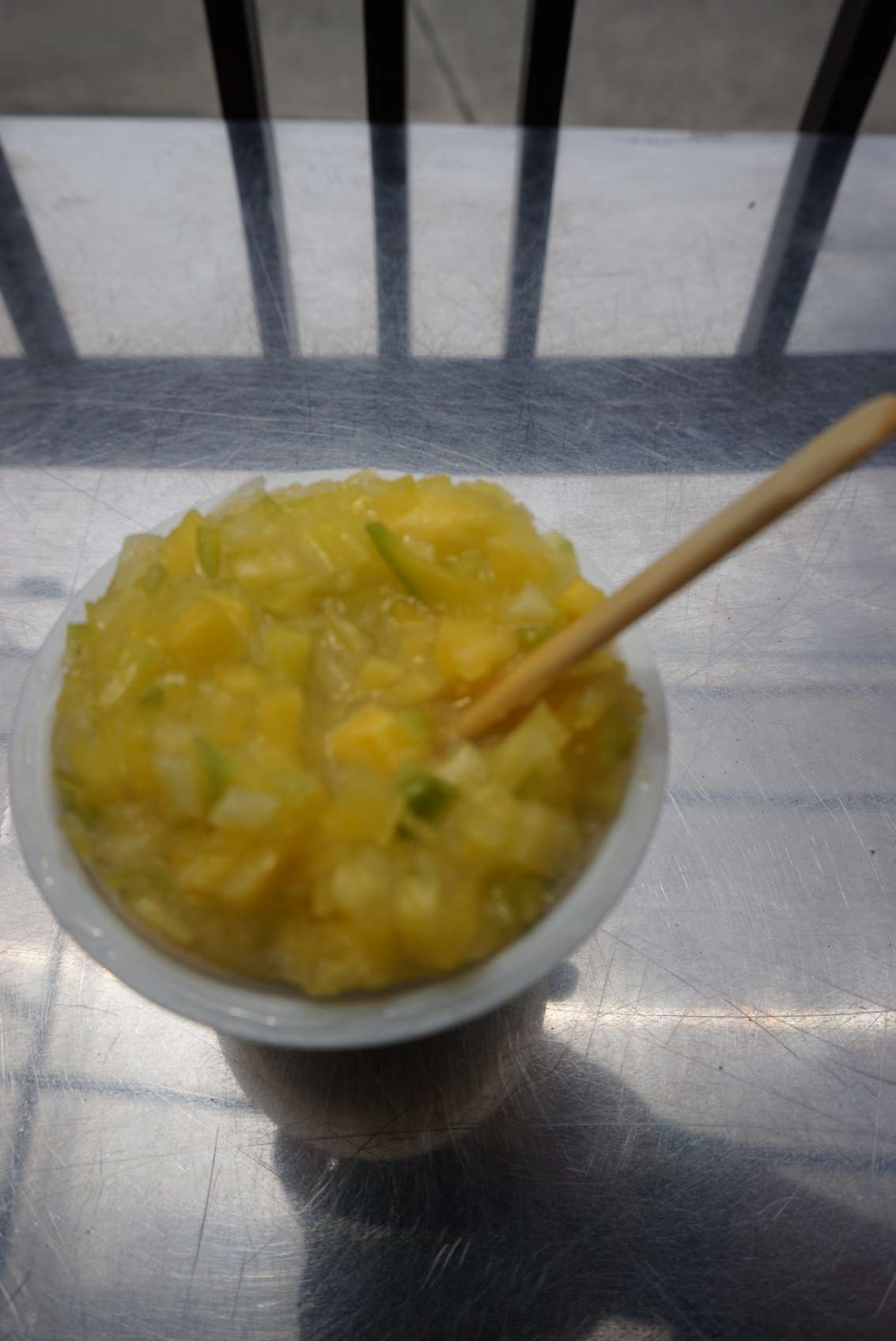 frozen-mango-with-salt