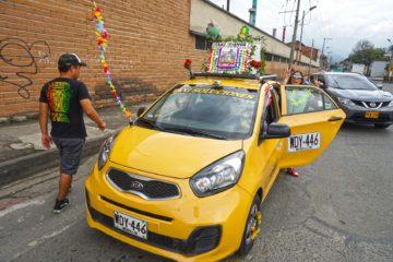 taxi-tienda-the-most-known-taxi-driver-in-medellin
