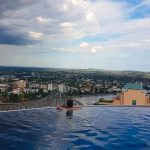 Amazing infinity pool on the 40th floor in Brisbane