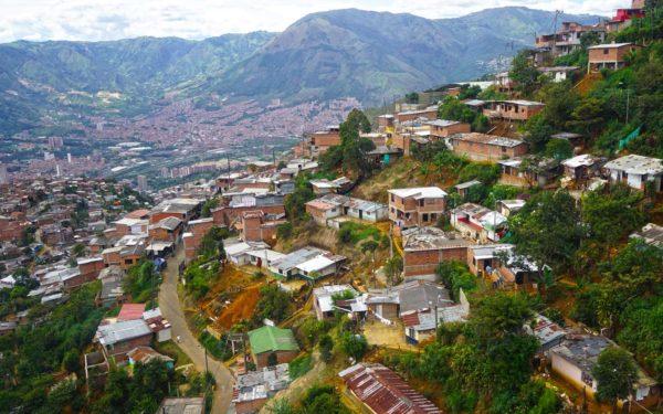 typical-poor-neighborhoods-in-medellin
